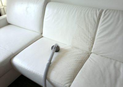 Čištění kožených sedaček 002