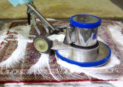 Pěnové čištění koberců 003
