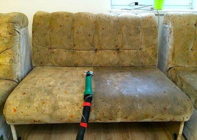 Pěnové čištění sedaček 002