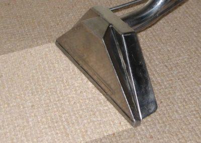 Suché čištění koberců 008